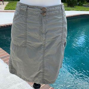 Ann Taylor cargo style knee length skirt